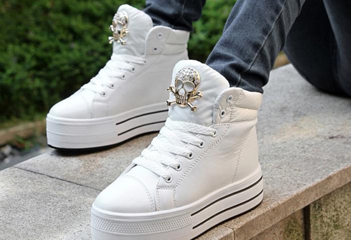 Як відмити білі кросівки. Кілька порад щодо догляду » Корисні поради 26f424e1c26cd