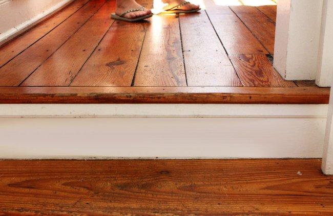 Чому скрипить підлога, та що з цим робити